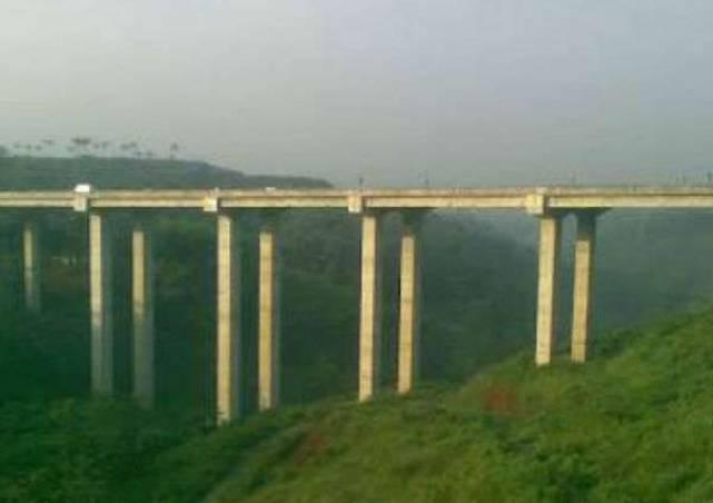 netizenposts-jembatan-cisomang